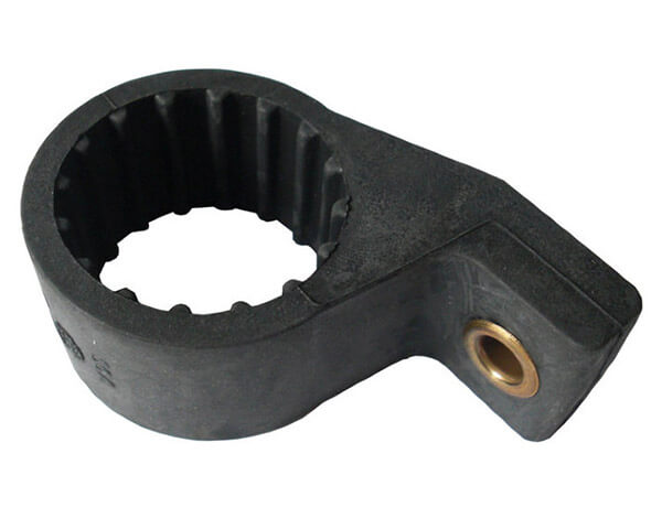 Резиновый кронштейн топливного насоса